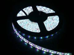 12V LED テープ 3チップ300連 5m 防水 白ベース  ホワイト