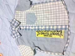 ほぼ新品男の子用マリン風半袖シャツサイズ90�p