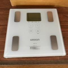 ★即日発送★ 体重・体組成計 OMRON オムロン 機能充実