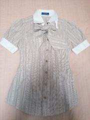 バーバリーブルーレーベル★ロゴストライプ半そでシャツ★リボンタイ付