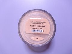 ベアミネラル■ファンデーション medium beige 8g
