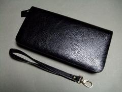 【即決・激安】レトロ感^^合皮長財布(ストラップ付) 新品 黒