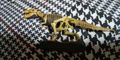 ティラノサウルス(骨格)★チョコラサウルス■UHA味覚糖