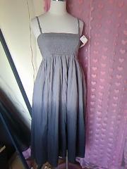 ユニクログレーブラックのグラデワンピからマキシスカート 嬉しい�Away新品