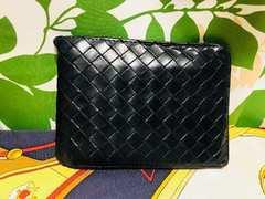ボッテガヴェネタ二つ折財布ブラックレザー