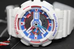 新品1スタCASIO G-SHOCK海外モデル ホワイト トリコロール腕時計