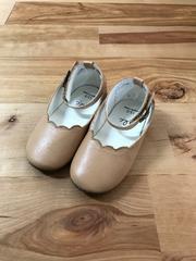 女の子サンダルおめかし靴15�p美品ベージュ