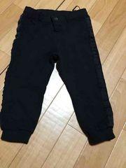 H&M 黒パンツ