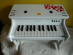 KORG「キティ デジタルトイピアノ」(廊)