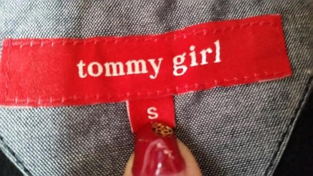 tommy Girl タンクトップ S < ブランドの