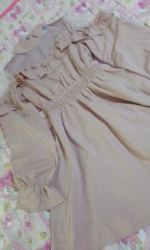アンクルージュお胸上部と肩シースルー身頃フリル姫ワンピピンク色