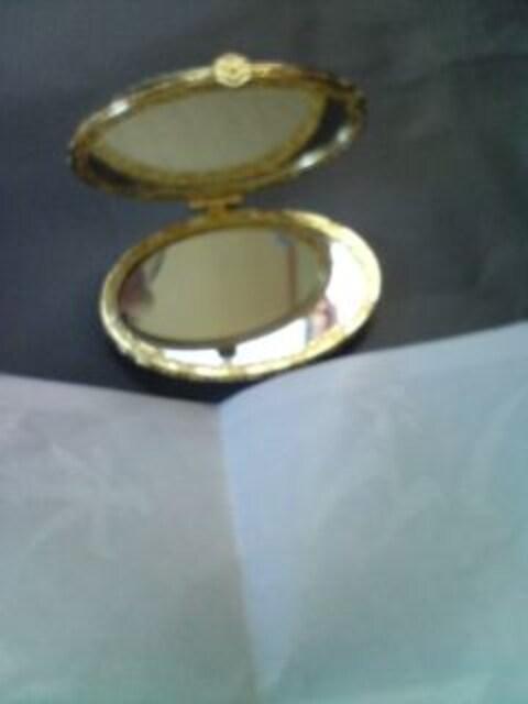 姫系サテン刺繍  コンパクト両面ミラー 鏡 < ヘルス/ビューティーの