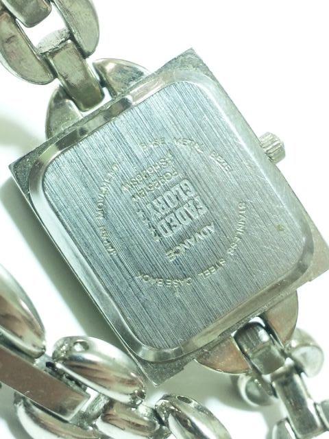 11703/FADEDGLORY★スクエア型ケースブレスレット型デザインのレディース腕時計