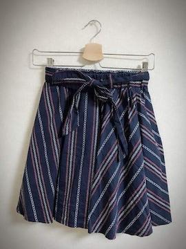 幾何学模様ミニスカートS