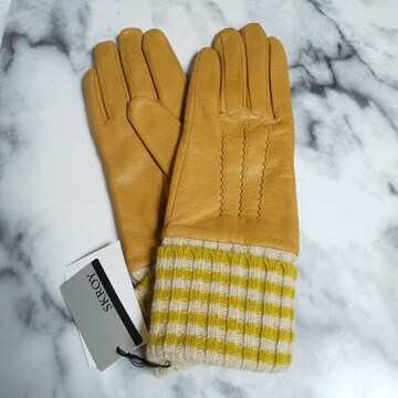 SKROY★革手袋(羊革)★裏地保湿★タグ付き 新品