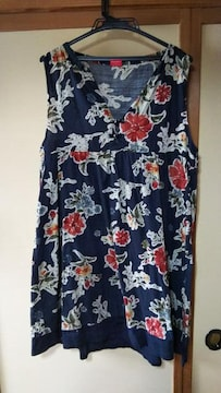 ドラッグストアーズ 花柄チュニック