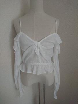 H&M☆ホワイト☆肩だしフリルカットソー