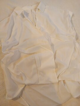 OZOC/裾タック入り身幅ゆったりプルオーバー/美品