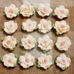 16 コ ☆ 約 1.3 cm ☆ (白) 樹脂薔薇