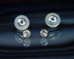 高品質プラチナ天然ダイヤモンド0.2ctピアス