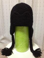 PEMA KNITWEAR 毛ウール ニットキャップ 帽子 黒色 手編み 耳当て ボンボン