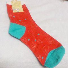 アミナコレクション*濃いピンクスカル柄靴下*新品未使用