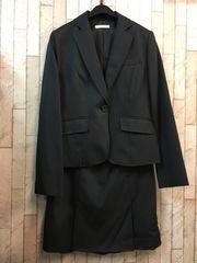 新品☆11号♪黒のシャドーストライプのスカートスーツ☆s910