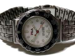 とても珍しい★1スタ★FILA ダイバータイプ 100m 腕時計