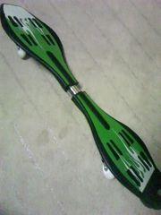 シングル 2輪スケートボード