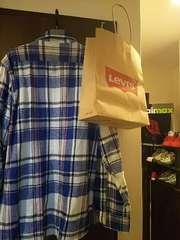 リーバイス。秋冬用。青色チエック柄ネルシャツ ほぼ未使用