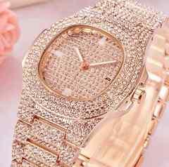 新作高級フルジルコニアダイヤフェイス腕時計◆セレブゴージャスユニセックス