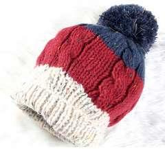 男女兼用 3色でざっくり編んだ ボンボン ニットキャップ その1