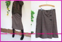 新作◆大きいサイズ3Lブラウン系チェック柄◆飾りボタン付スカート