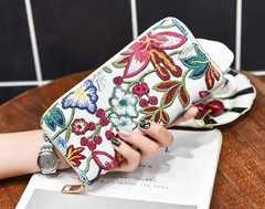 1円新品刺繍風フラワー花柄デザインウンドジップ長財布白ホワイトレディース