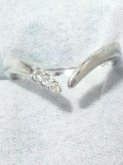 ミスティ【MISTY】本物 ダイヤモンド 3石〈0.05 カラット〉SV リング 8号