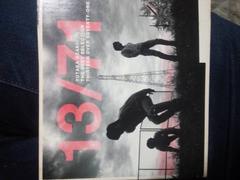 尾崎豊ベストアルバム「13/71」初回限定版。