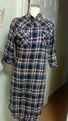 ロングシャツワンピL、 七分袖 ベルト付き 紺系 羽織にも