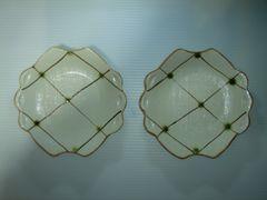 皿 エンボス柄 ふち飾り 指掛け溝付き 2枚セット 新品 未使用品