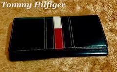 【Tommy Hilfiger】トミーヒルフィガー 三つ折り長財布/Black