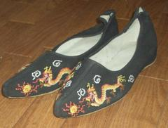 魔女必見!魔女か魔法使いが履いているような外国製靴