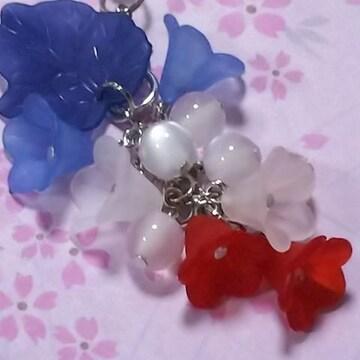 【handmade】フランスcolor*お花のstrap