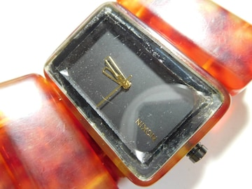 ニクソンの 腕時計 メンズ クォーツ製 動作確認済 !