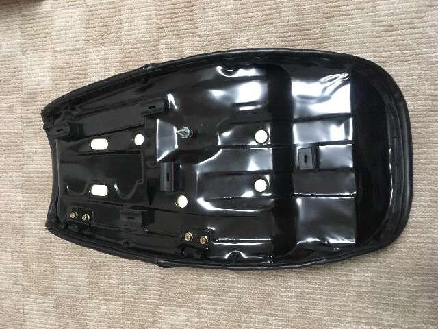 Z1 Z2 新品シート < 自動車/バイク