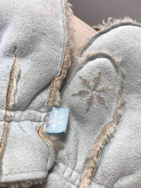 GAP ムートン 手袋 スカイブルー 結晶 XS < ブランドの