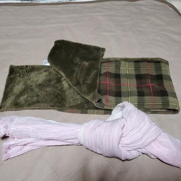 ユニクロマフラー&スカーフ二点製品