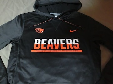 Nike【THERMA-FIT】OREGON ST BEAVERSパーカーUS XL