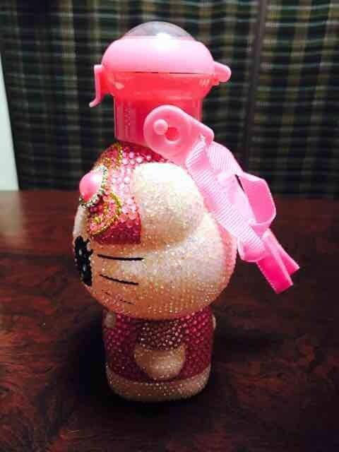 全デコ キティ 水筒 (500ml程) < 女性ファッションの