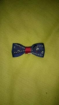 錨柄のリボン型ヘアクリップ 青