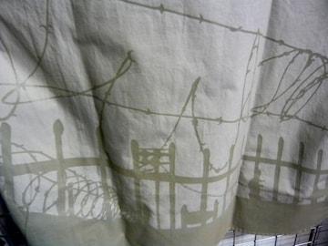 新品614プリントシャツ-ベージュXL 有刺鉄線