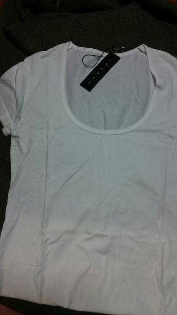 新品■セオリー theory Tシャツ 半袖 丸首  < ブランドの